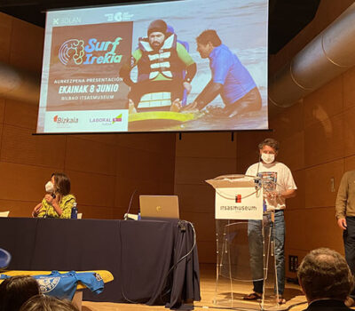 Inclusive surfing at Itsas Museum in Bilbao